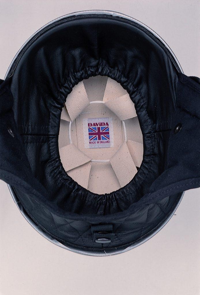 Klassische Halbschalen-Helme von der Traditionsmarke DAVIDA aus England