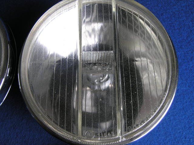 Paar Bosch Fernlicht-Halogenscheinwerfer