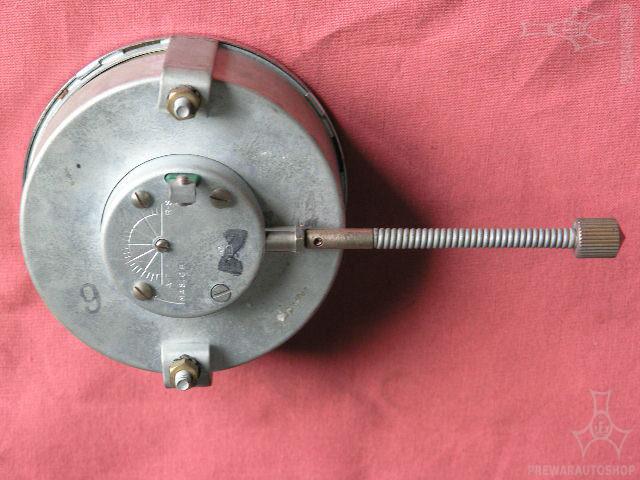 Elektrische Jaeger-Uhr 6 VoltS