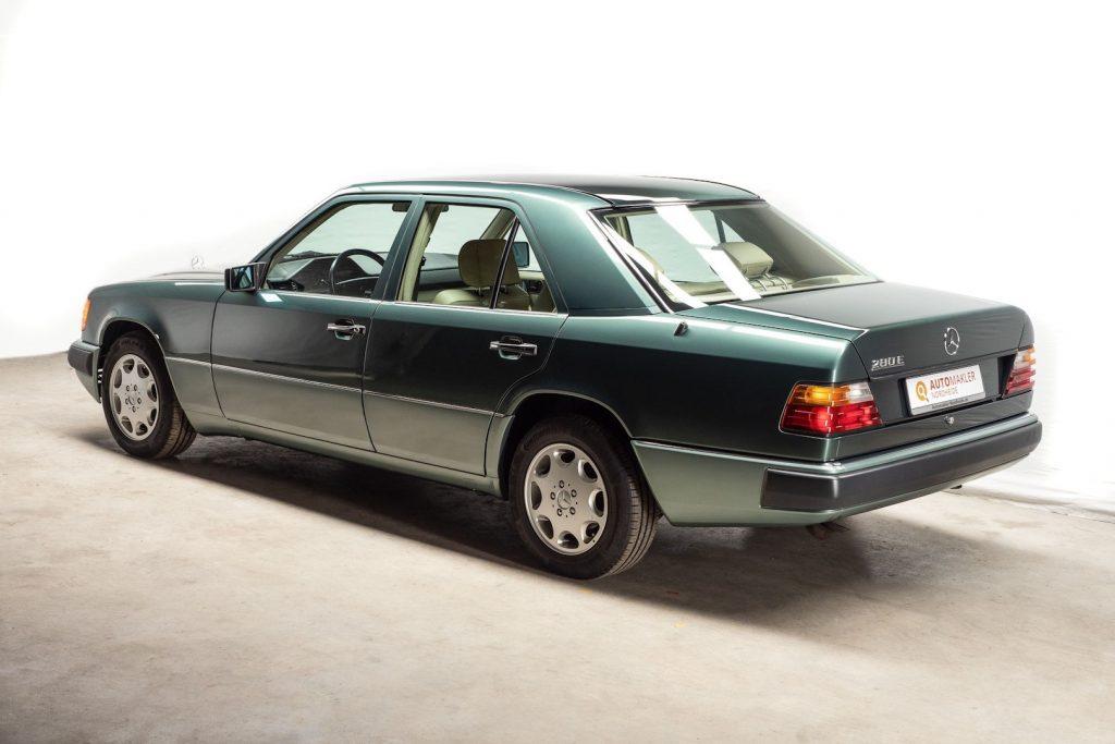 Mercedes 280E - aus dem Mercedes-Benz Museum Stuttgart - Zustand neuwertig