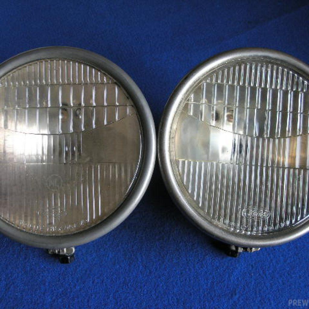 Paar Ford-Scheinwerfer