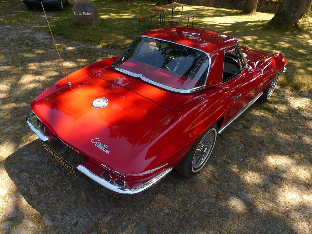 Chevrolet Corvette Sting Ray Cabriolet - american dream car