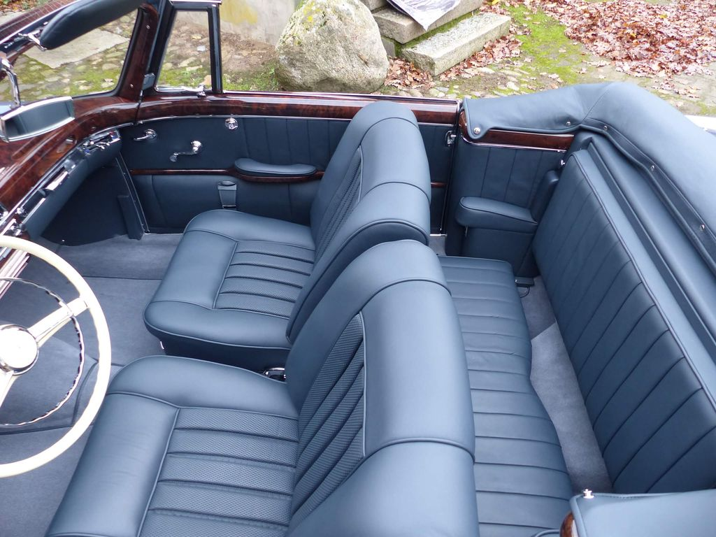 Mercedes-Benz 220 S Cabriolet (W 180) - hinreißend schön, fast wie neu