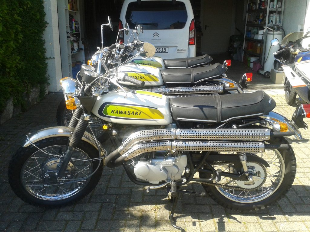 Kawasaki Scrambler Top