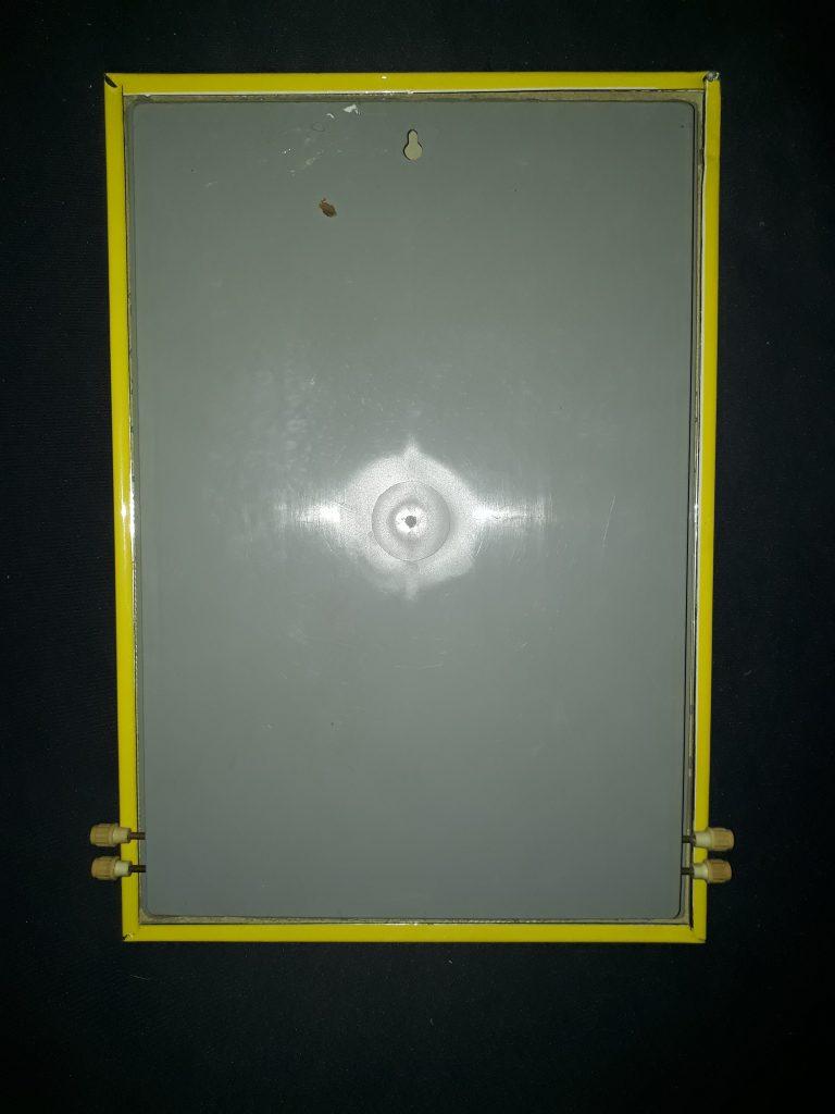 DETA Batterie Dauerwandkalender , schöne Deko für Werkstatt oder Oldtimer Garagen Wand