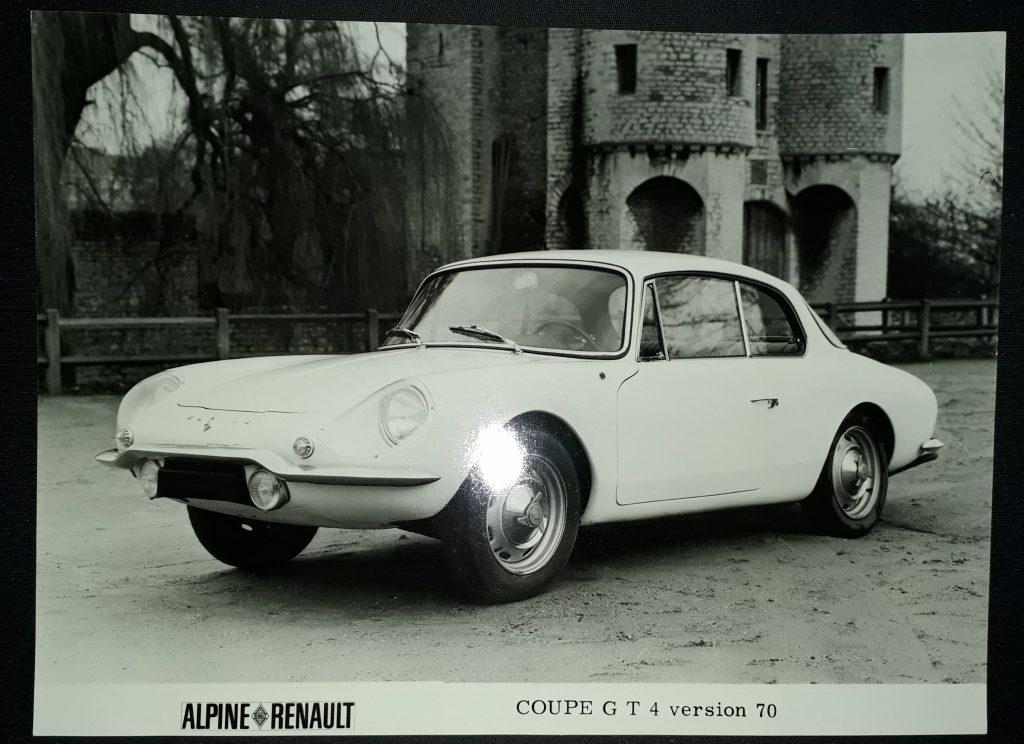 Original Pressefoto Renault Alpine