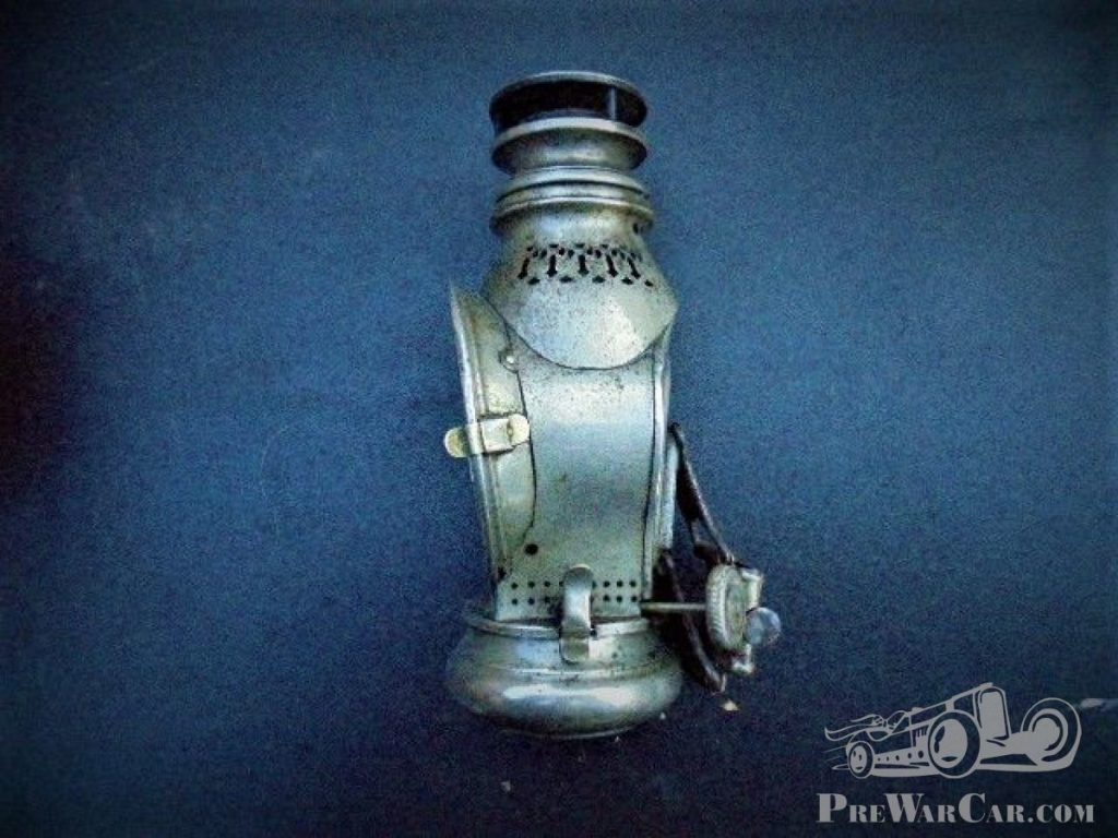 Oil lamp prewar for Motorcycle and bikes 1880 - 1900