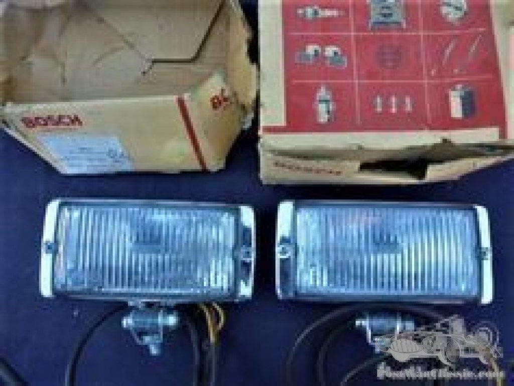 Boschscheinwerfer unbenützt, a pair of Bosch fog lights, new old stock