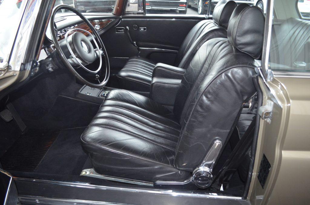 Mercedes-Benz 280 SE 3.5 Coupe, frame-off restauriert