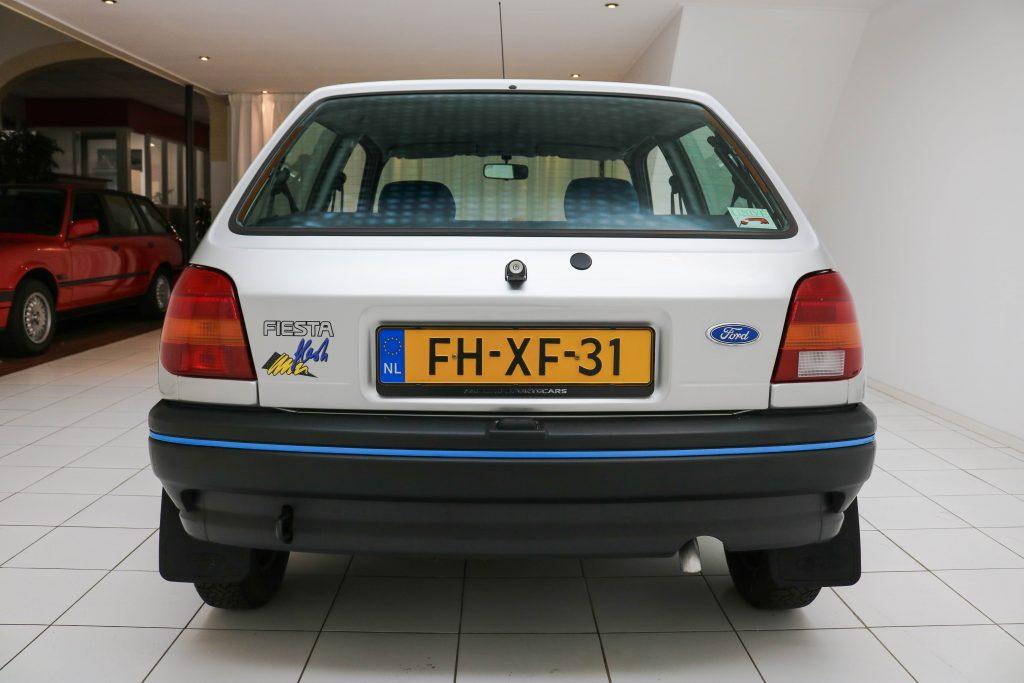 Ford Fiesta 1.1 Flash C Inj. kat. * 1e hand * Org. 16 tkm! * Scheckheft * Erst lack *