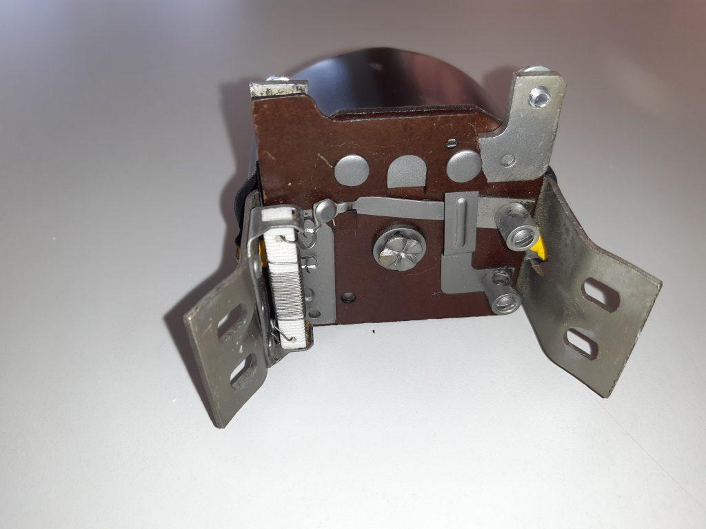 Bosch Lichtmaschinenregler für VW Brezel Käfer und Porsch 356 Vor A