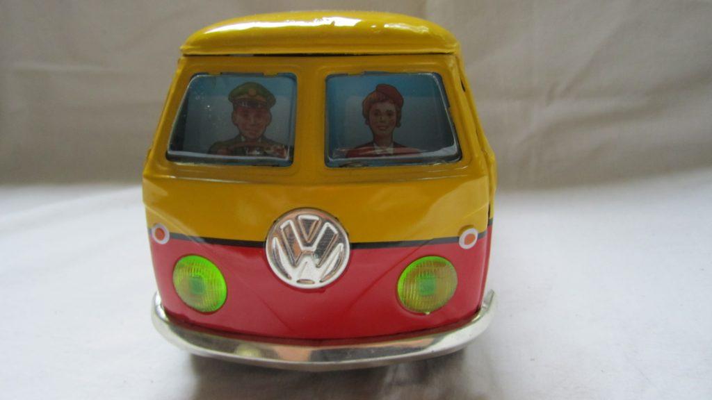 VW-Bus Blechauto Bulli Ichiko Japan gelb 1972 Friktionsantrieb