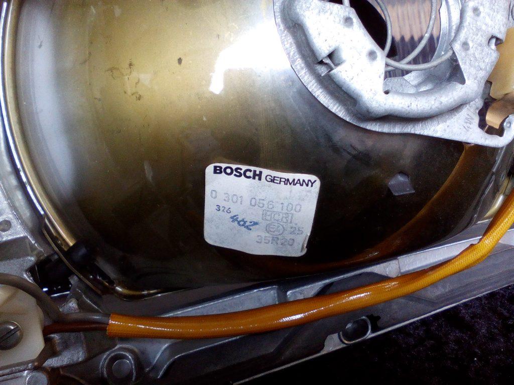 Mercedes Scheinwerfer Bosch 0 301 056 100/107 NOS W116 H4 links