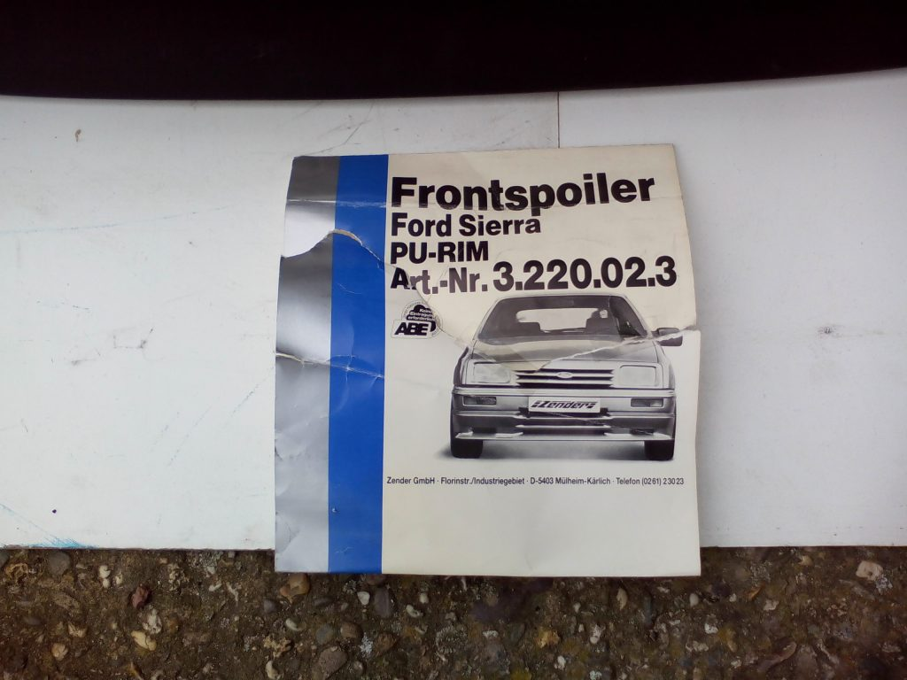 Zender Frontspoiler Ford Sierra 1 NOS 3.220.02.3