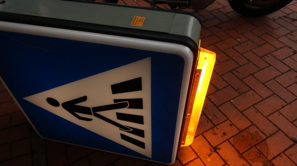 Verkehrszeichen  Trafic sign  Beleuchtung