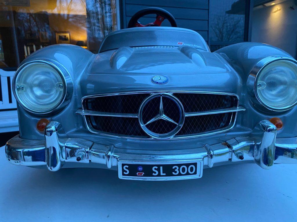 Großmodell Mercedes 300 SL mit Pedalantrieb