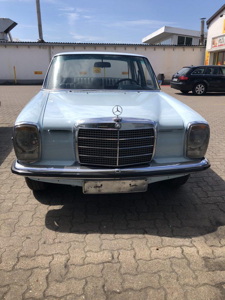 Mercedes Benz /8  230 Benziner  6-Zylinder aus Süd-Frankreich