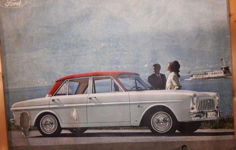 Original Ford Händler Plakat / Poster -  P4 Limousine Weiss / Rot  ca.120x 80 cm