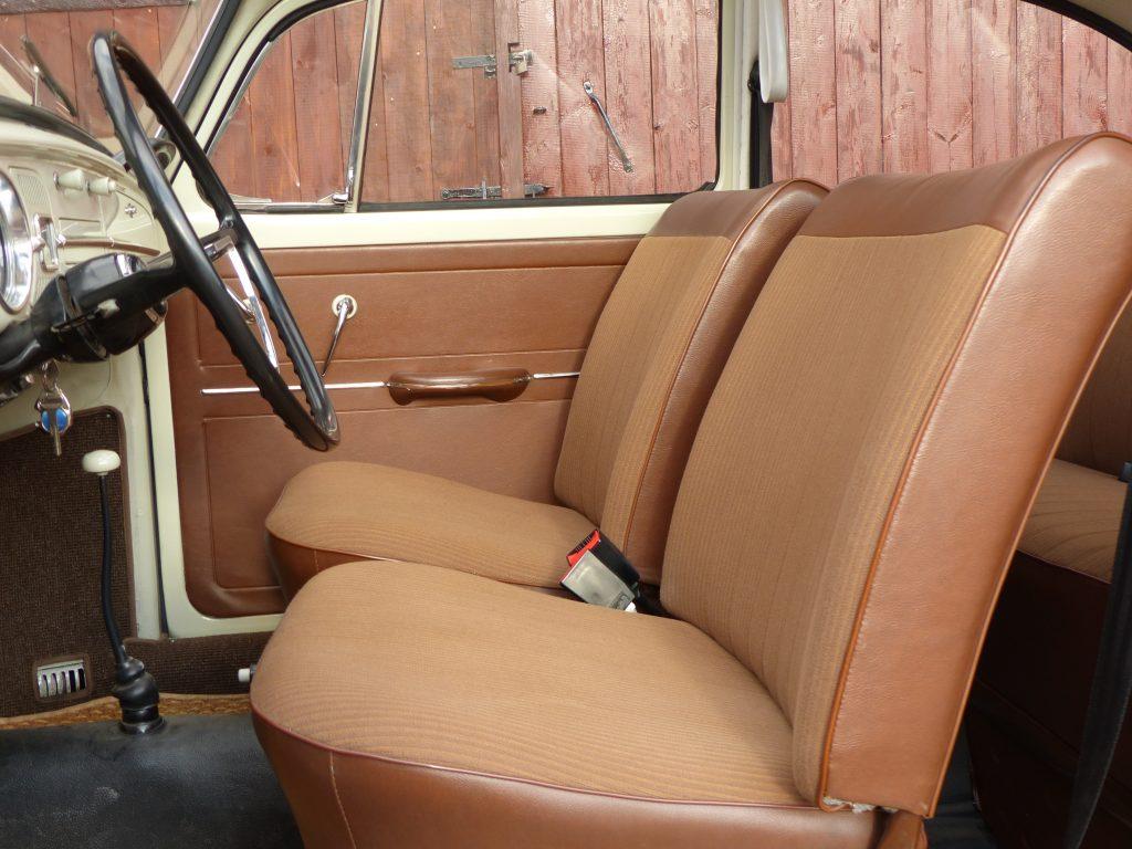 VW Käfer 1300 Bj. 1966 mit Schiebedach