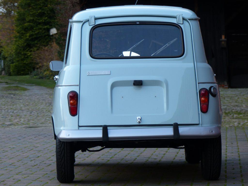 Renault R4 TL  Renault R4 TL Bj. 1980 Glacier Blue