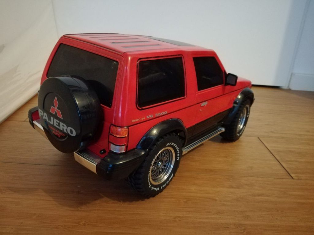 Mitsubishi Pajero from Tamiya in 1:10, RC version, complete build up.