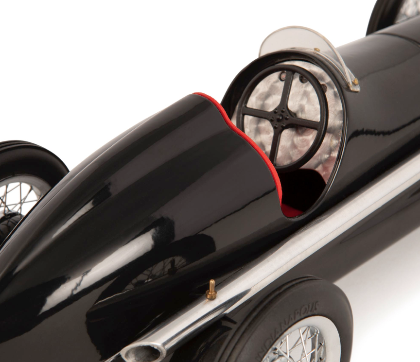 Modellauto Silberpfeil Mercedes W25 Aluminium schwarz