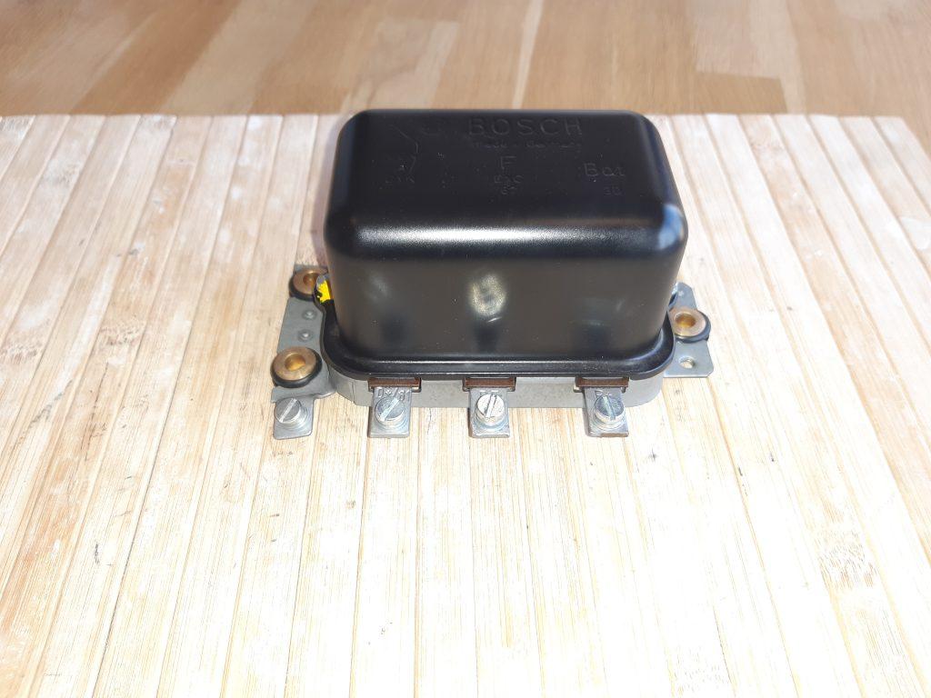 Bosch Lichtmaschinenregler für Mercedes Benz W111
