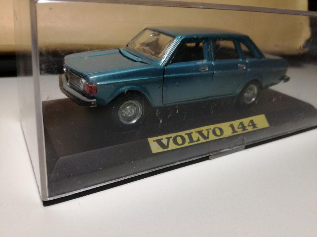 VOLVO ModelCars 144 Politi Tekno, 144 Robeddie, 144 Minialuxe, 144 Nacoral