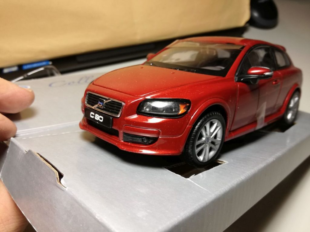 VOLVO ModelCars C30 in 1:24 from different makers, Motorart, Motorkidz, Cararama, Welly