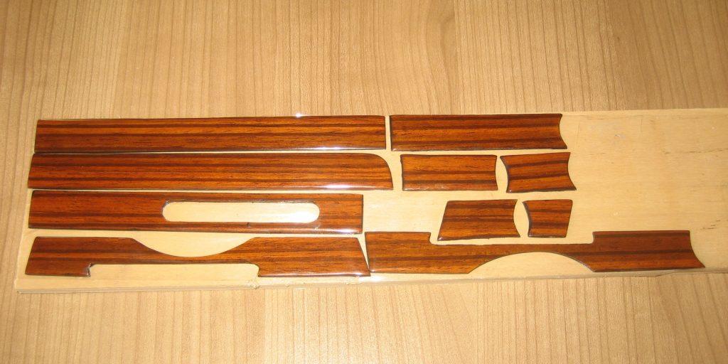 Mercedes W107 R107 Holzsatz für Armaturenbrett in Zebrano 10 Telig NEU