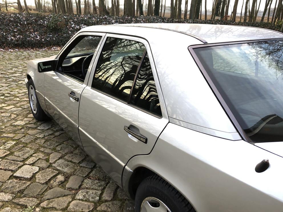 Mercedes-Benz 200D W124 5-Gang, Euro2, sehr gepflegt!