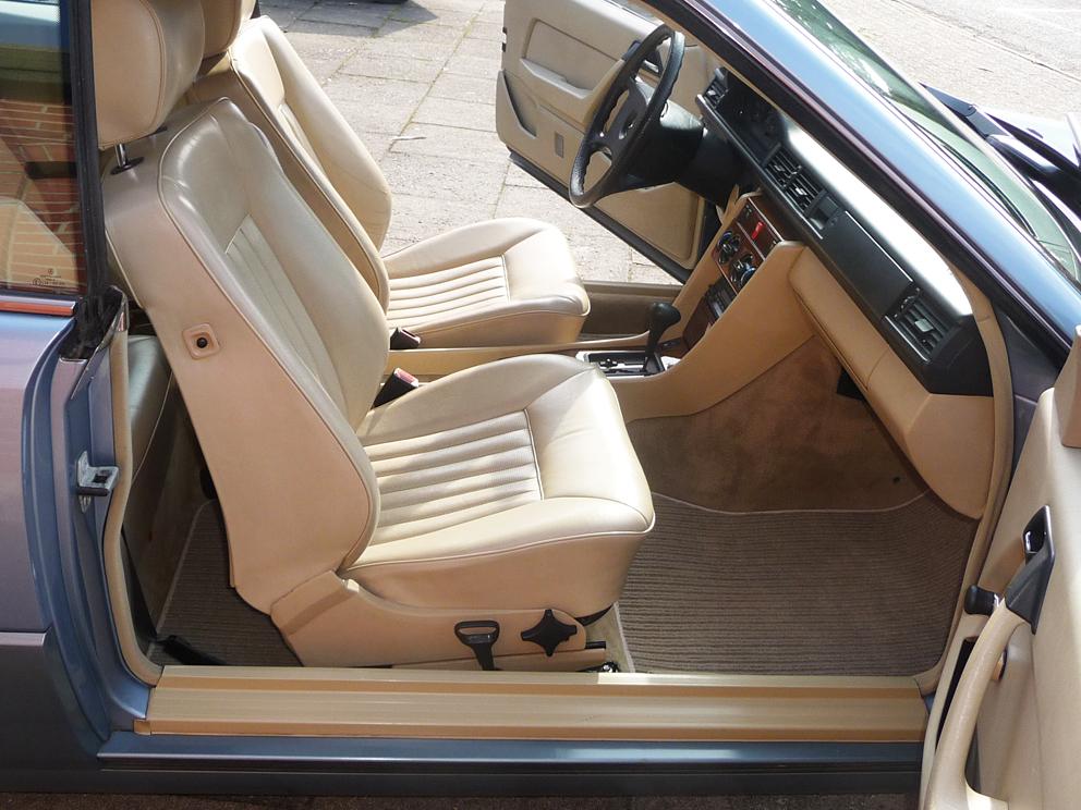 Mercedes-Benz 230CE 124er Coupe, Leder, SD, Automatik