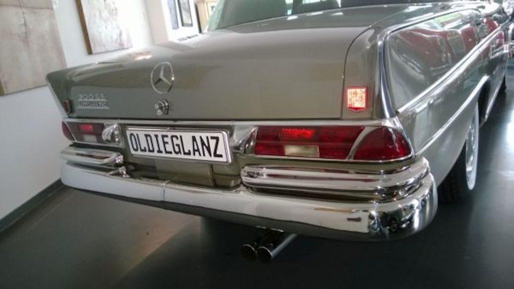 Mercedes W111 große Heckflosse Stoßstangen Set vorne und hinten