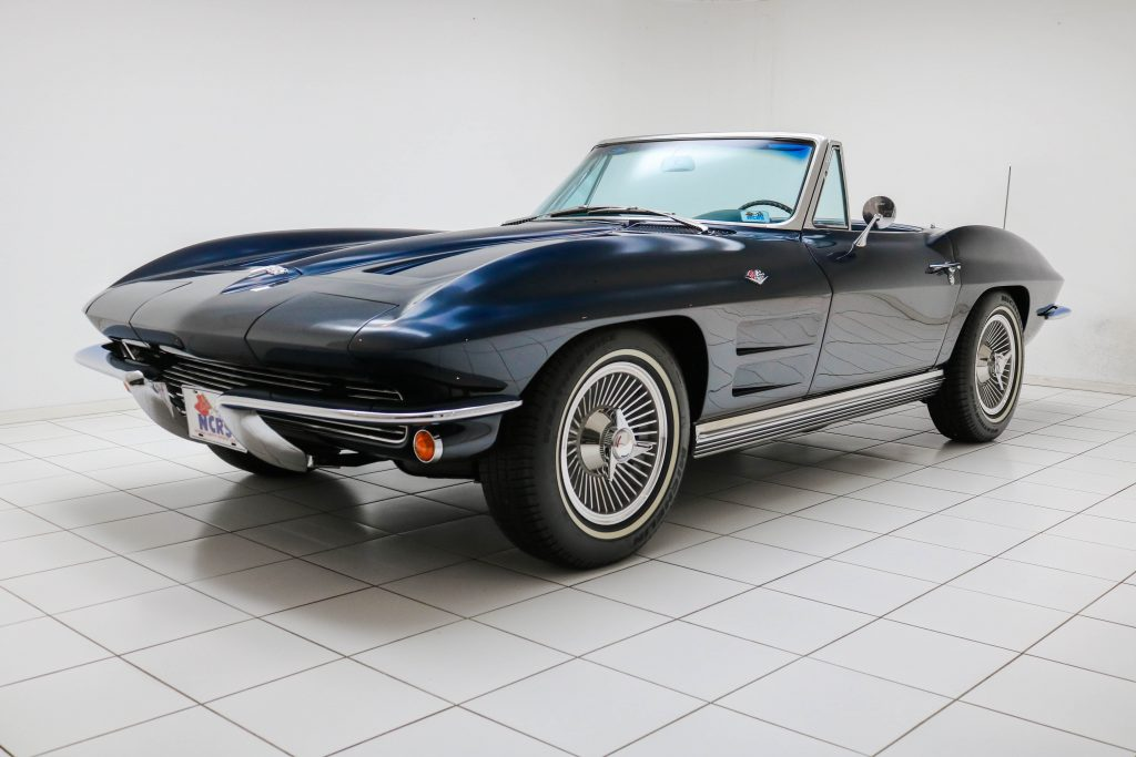 Chevrolet Corvette C2 Sting Ray Convertible * Body-off * Matching Numbers * NCRS Top Flight * Duntov Mark of Excellence *