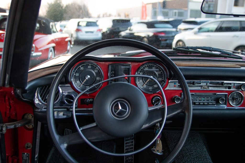 Mercedes-Benz 280 SL Pagode,