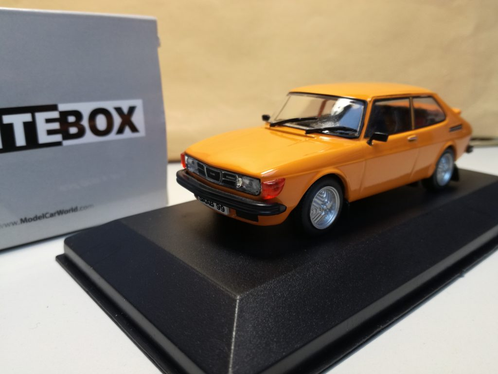 SAAB 9000 Modelcars from Corgi, 99 Turbo 1977 Whitebox, 95 Minichamps