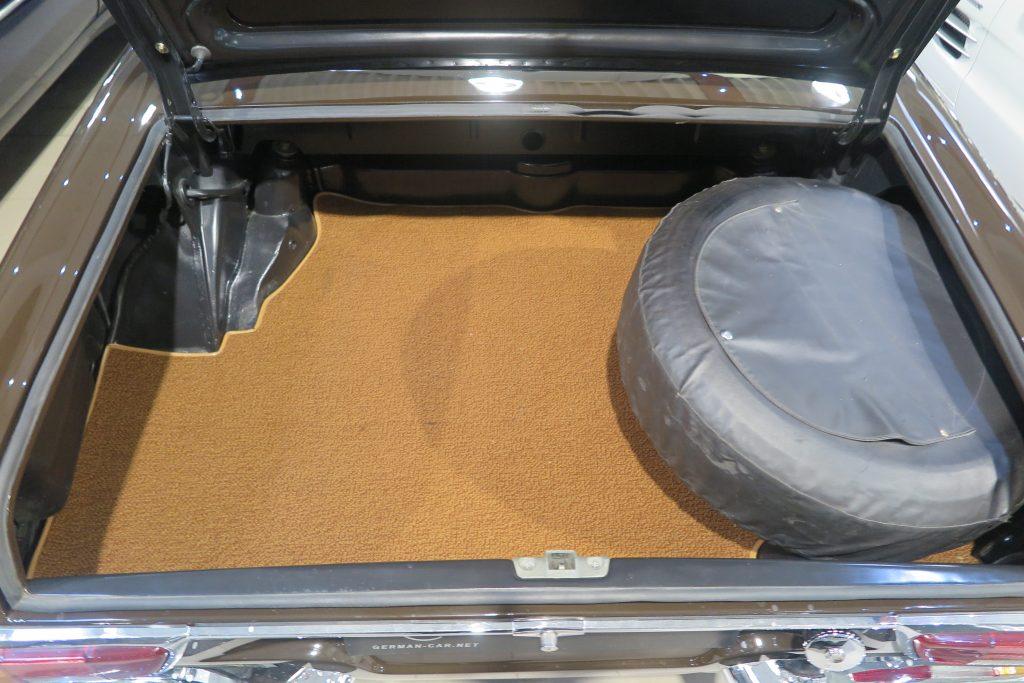 Sehr schöne und technisch aufwendig überholte Mercedes-Benz 280 SL Automatik Pagode W113…
