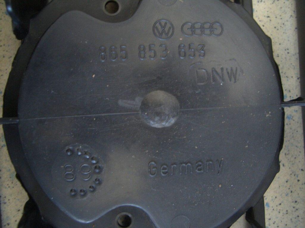 Kühlergrill VW Derby Polo Stufenheck original VW NOS
