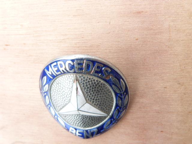 Mercedes Ponton - W120 - Kühler Emblem !