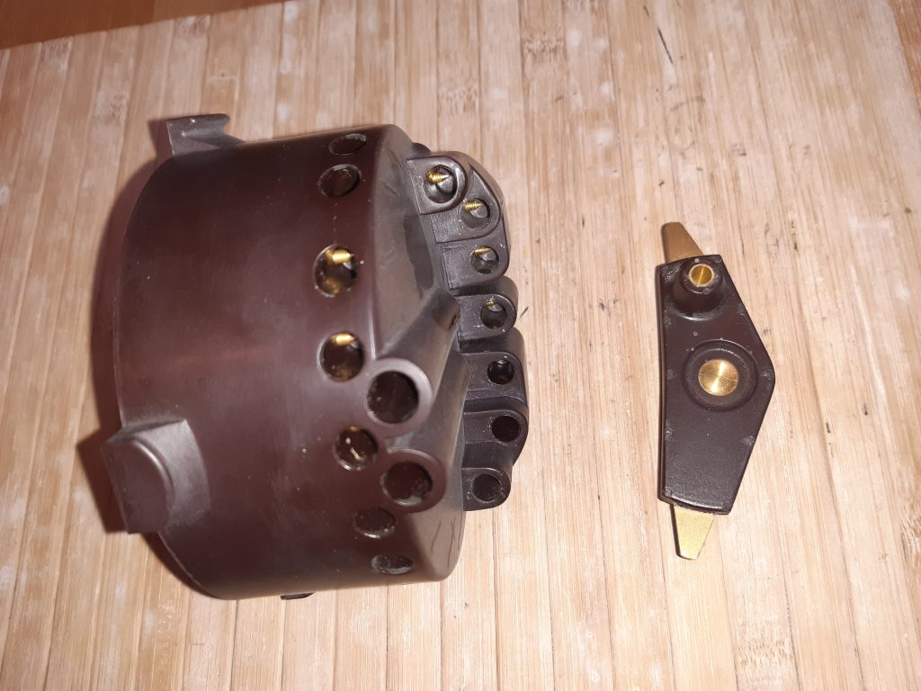 Verteilerkappe und Verteilerläufer  für  Scintilla 8 Zyl. Doppelzündverteiler Bugatti T49, T46